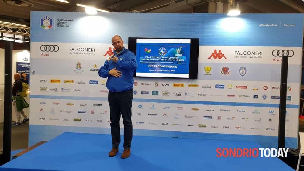 Olimpiadi invernali dei sordi: in Valchiavenna un corso per imparare la lingua dei segni - SondrioToday